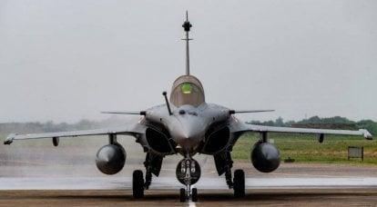 Oposición de la India: el Ministerio de Defensa está tratando de justificar el alto costo del acuerdo con exclamaciones entusiastas sobre los aviones Rafale