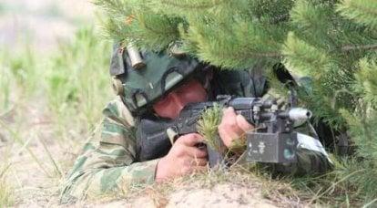 兵士の手にレーザー