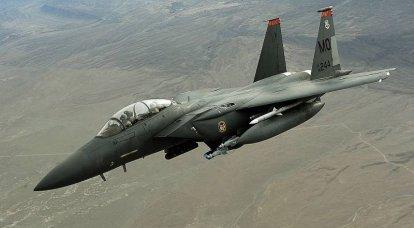 F-15E航空機は、JDAMキットを使用してより多くのスマート爆弾を搭載できるようになりました