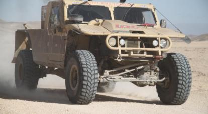 国外车辆特种部队作战。 来自2的2的一部分