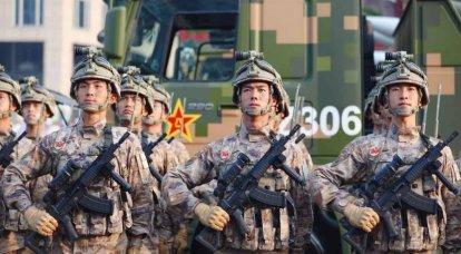 機関銃QBZ-191で武装した中国軍
