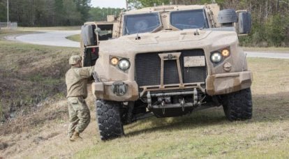 US military is testing the latest armored cars JLTV