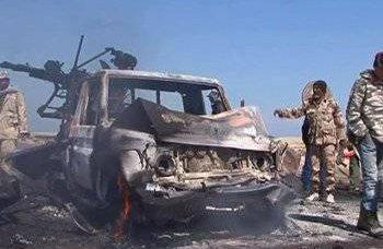"""Coalizão ocidental bate em """"seus"""" rebeldes líbios"""