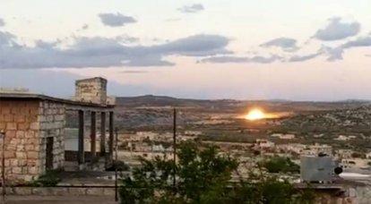 No sul de Idlib, ataques aéreos impedem militantes de se aproximarem do posto turco e se protegerem do fogo de artilharia