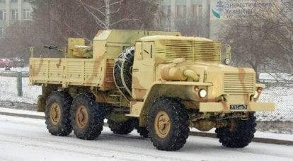 Ural-4320: pistole e armature