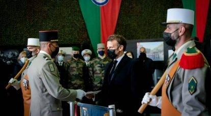 मिस्र के संस्करण फ्रांस में संभावित सैन्य तख्तापलट के बारे में लिखते हैं