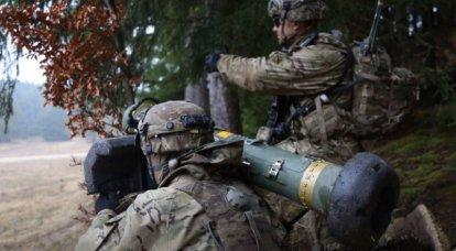 """""""가능한 공격자""""를 억제하기 위해 : 폴란드는 국가 동쪽에 ATGM FGM-148F 자벨린을 배치합니다."""