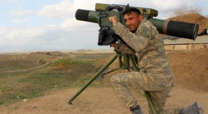 O exército do Azerbaijão está perto de cortar as tropas inimigas em Karabakh em dois