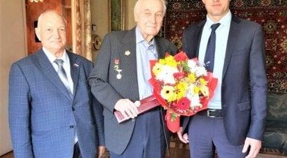 Vladimir Sibanov: Avusturya'da sessizlikle, Çekoslovakya'da - kırmızı bayraklarla karşılaştık