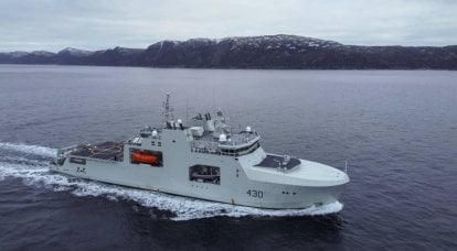 Newest patrol ships of the arctic zone AOPS / Harry DeWolf (Canada)