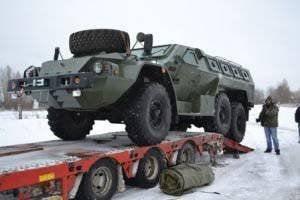 在北高加索服役的萨哈林防暴警察的Bulat装甲车