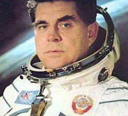 Spazio Kamikaze. 45 anni fa, per la prima volta, la navicella Soyuz è stata portata a termine con successo con un uomo a bordo