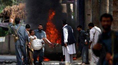 阿富汗:八月2010