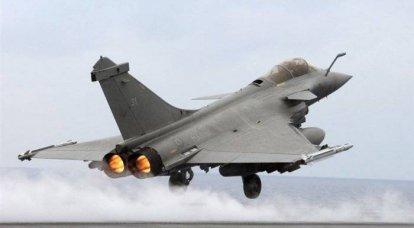 韦斯特宣布,在卡扎菲离开之前,的黎波里将遭到轰炸