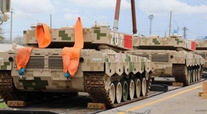 """Die erste PLA-Staffel mit Ausrüstung für den """"Tank Biathlon"""" traf in Russland ein"""