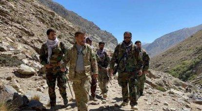 Exoficial del ejército afgano llamó a rumores sobre acusaciones de que los comandantes de la milicia de Massoud huyeron a Tayikistán