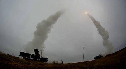 카푸 스틴 야르 훈련장에서 발표되지 않은 C-400 테스트의 세부 사항. Favorit-RM 표적 미사일은 무엇을 모방 했습니까?