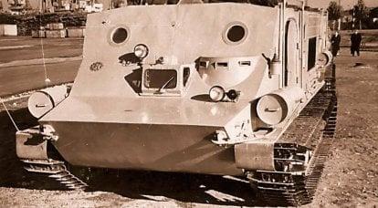 """""""企鹅""""达到了无法进入的极点。 基于BTR-50P的独特极地全地形车"""