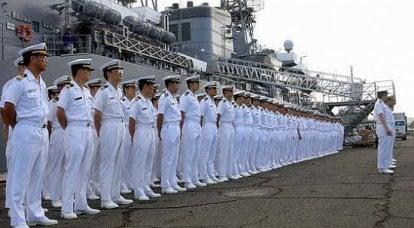 防衛省は軍事費の増加を主張