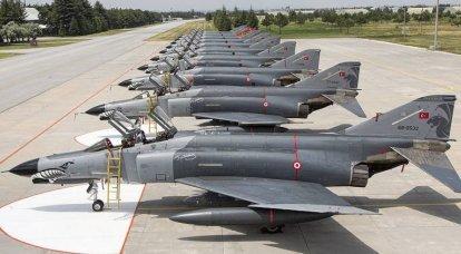 Impedire ai sovietici di sfondare: aerei da combattimento turchi durante la guerra fredda
