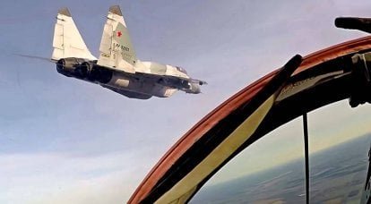 """""""Syrian operating mode"""": VKS fighters fully armed patrol the skies of Armenia"""