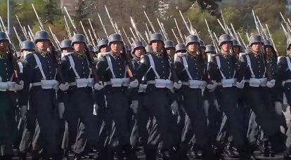 """""""프로이센 전통의 마지막 피난처"""": 동독과 칠레 군대에 대한 서방 언론"""