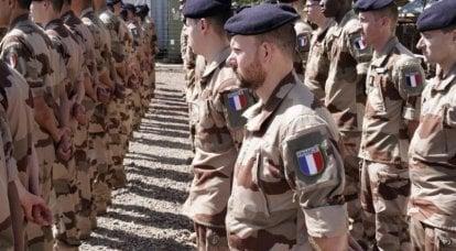 Environ la moitié des Français soutiendraient l'armée si elle décidait de rétablir l'ordre dans le pays.