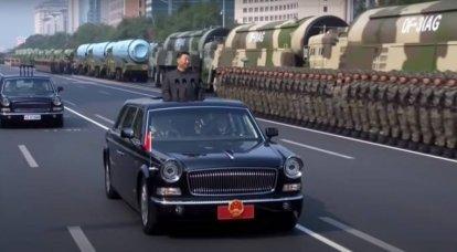 """""""Il crollo dell'URSS è diventato una lezione"""": la Cina ha spiegato il potere del partito sui militari"""