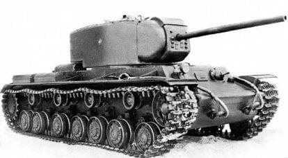 战斗中的原型。 重型坦克KV-220