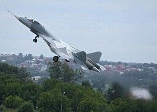 媒体:普京徒劳地钦佩T-50战斗机 - 他用旧填充物向飞机展示了这架飞机