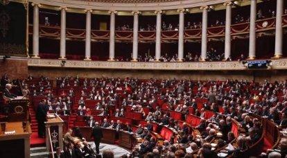 पेरिस तुर्की के नाटो सदस्यता के प्रतिबंधों और निलंबन की मांग करता है