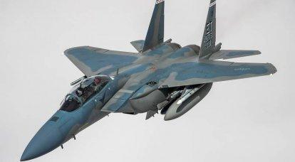 F-15EXイーグルII戦闘機とその米空軍での位置
