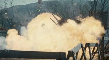 軍事映画ファン。 機関銃、または世界を救うXNUMX文字を与える