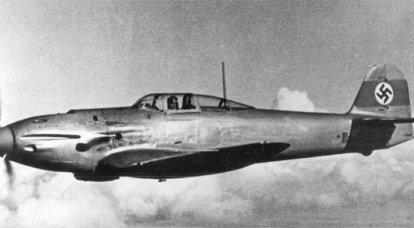 戦闘機。 メッサーシュミットに撃墜されたハインケル