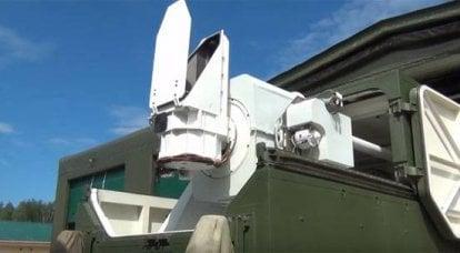 在俄罗斯联邦国防部新产品的新演示的脚步