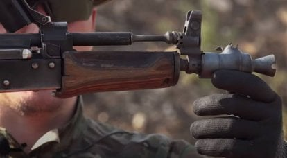 """""""We will shoot at iron"""": continuous firing from the AKS-74U until the muzzle brake breaks"""