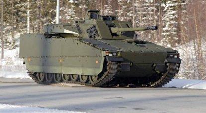 नीदरलैंड में खरीदे गए बख्तरबंद वाहनों का एक और जत्था एस्टोनिया पहुंचा