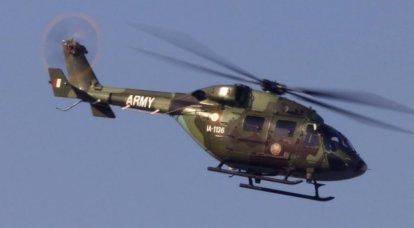 Hindistan Hava Kuvvetleri helikopteri HAL Dhruv ülkenin kuzeyinde düştü.