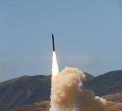 アメリカ:世界規模のミサイル防衛のためのコース
