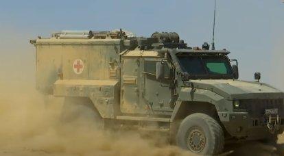 """पहला सीरियल सैनिटरी बख्तरबंद वाहन """"लिंजा"""" सैनिकों के पास गया"""