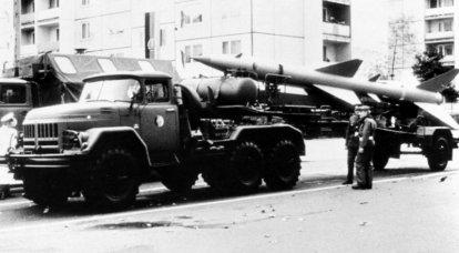 Bonnet ZIL-131:理想の歴史と検索