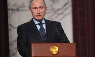 """Wladimir Putin: """"Unsere Aufgabe ist es, die russische Literatur zu einem starken Faktor für den ideologischen Einfluss Russlands in der Welt zu machen."""""""