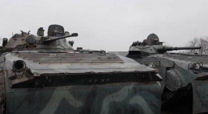 BMP-1和BMP-2:在靶场上比赛并向目标射击