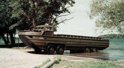 水陸両用コンベアXM-158ドレイク。 アヒルを交換するドレイク