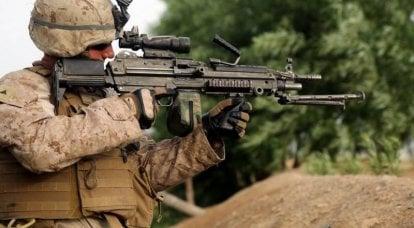 美国陆军新的突击步枪和机枪