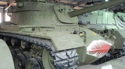Distruzione della torre. Parere di esperti del Bollettino dei veicoli corazzati sui carri armati della guerra fredda