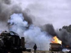 """Rebeldes líbios reunidos para reclamar da """"inação"""" da OTAN"""