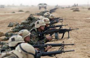 アメリカは軍事支出を削減する準備ができています