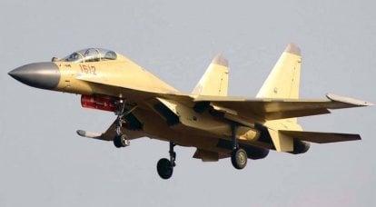 干扰和火箭。 电子战机沉阳J-16D(中国)