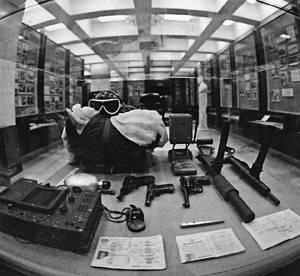 एलन डलेस पैराट्रूपर्स: एक जासूस परियोजना का पतन